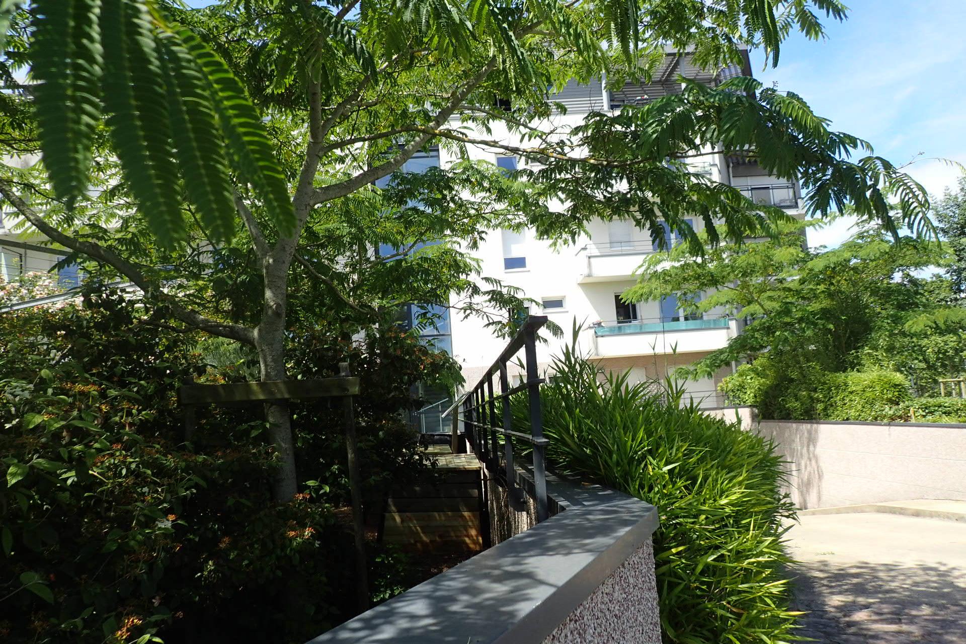 Avenue andr mussat aire n 93 rennes vert le jardin for Jardin 93
