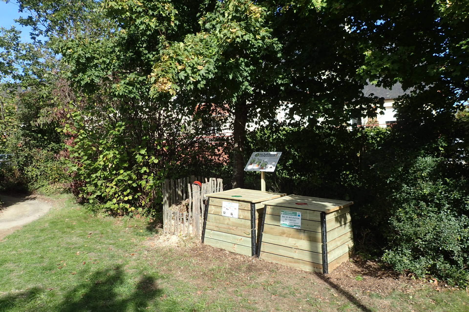 Square albert luthuli aire n 242 rennes vert le jardin for Le jardin yves montand