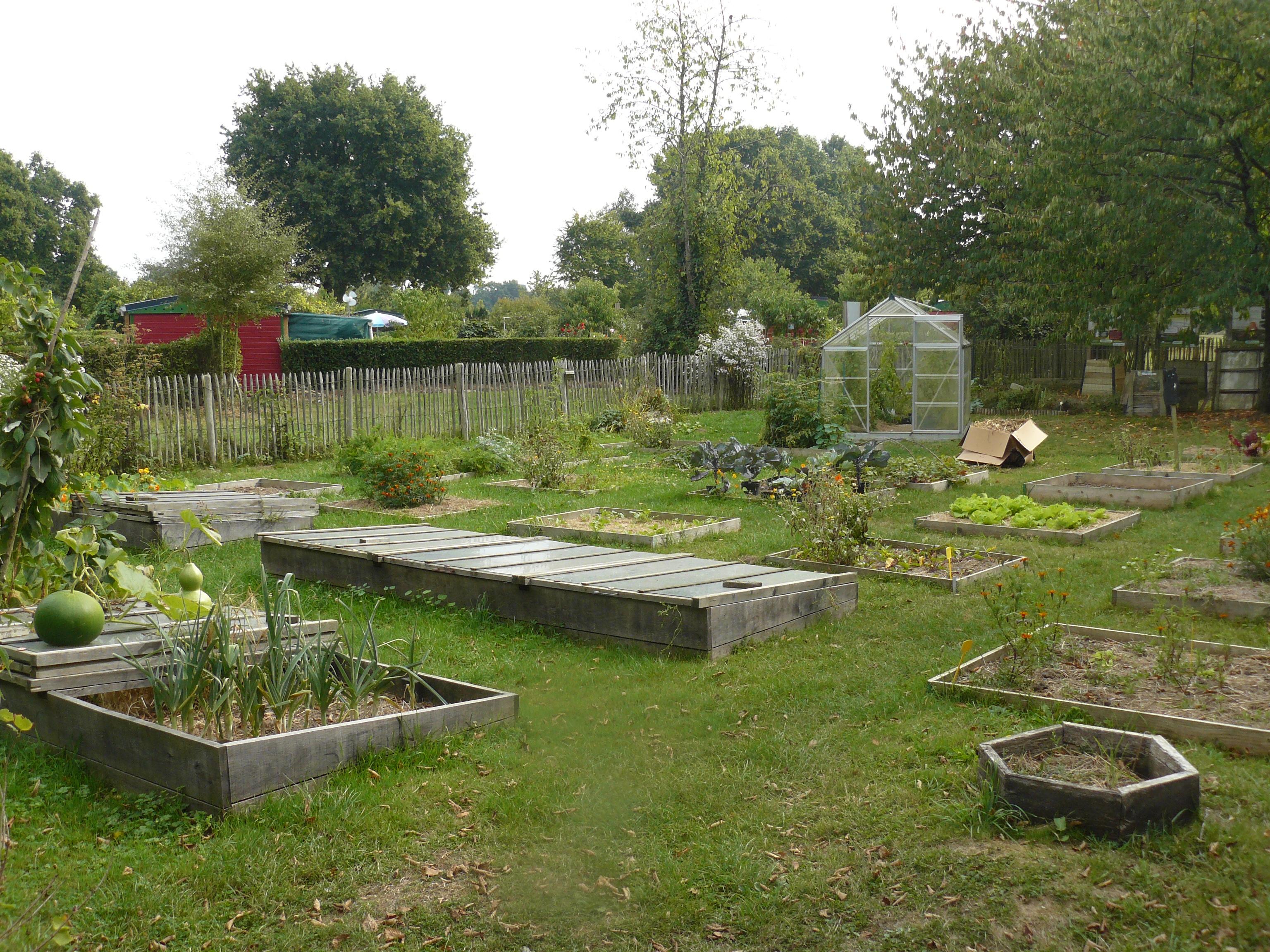 Jardin de la taupinais rennes vert le jardin for Le jardin yves montand